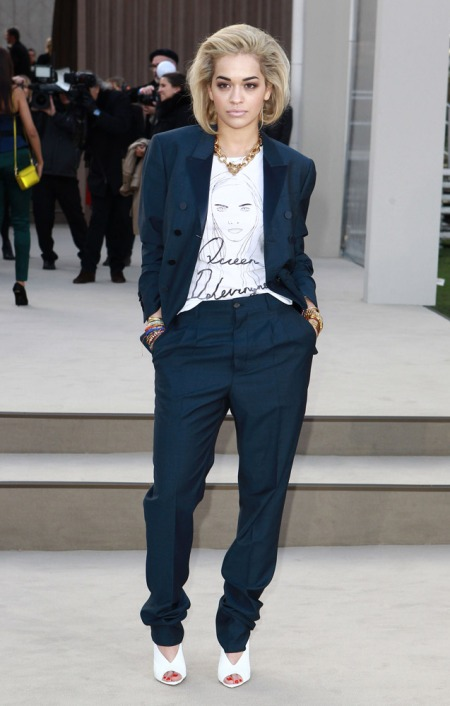 Rita Ora StyleChi Navy Blue Suit White Cara Delevingne T-Shirt Gold Statement Necklace