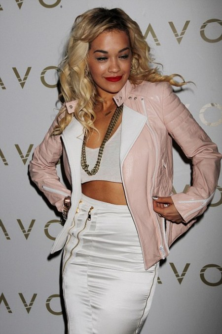 rita-ora-stylechi-pink-leather-biker-jacket-white-crop-top-high-waisted-pencil-skirt-statement-chain-necklace