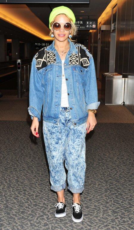 Rita Ora StyleChi Retro Casual Street Airport Style Denim Jacket Aztec Insert Boyfriend Acid Wash Jeans Black Vans Neon Yellow Beanie Round Sunglasses