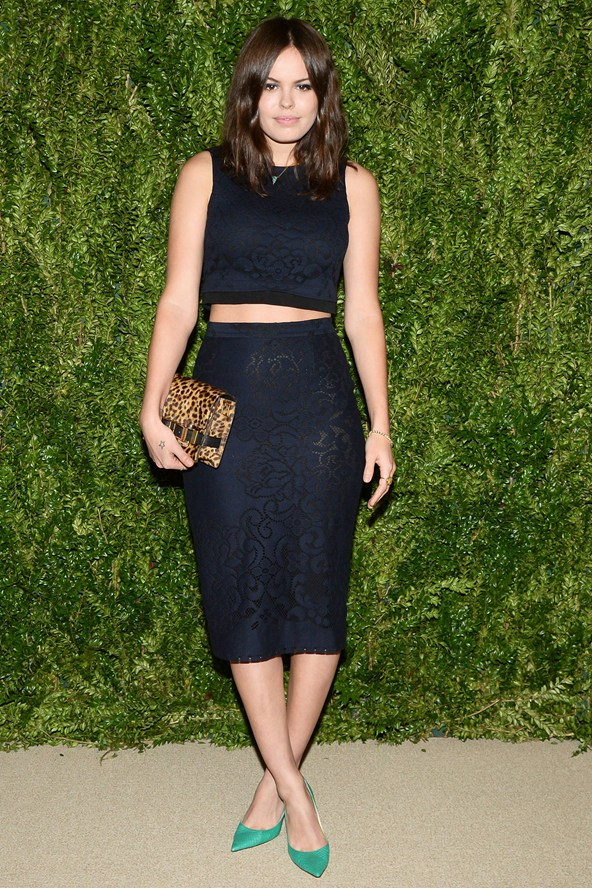 Atlanta-De-Cadenet-Taylor-Best-Looks-StyleChi-2013-Matching-Set-Navy-Black-Lace-Sleeveless-Crop-Top-Pencil-Skirt-Green-Pointed-Heels-Leopard-Clutch