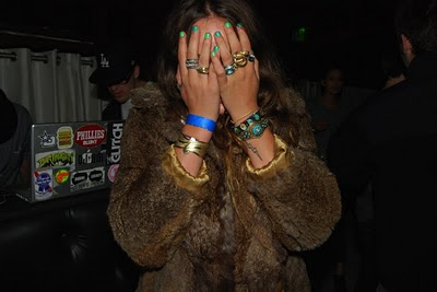 Atlanta-De-Cadenet-Taylor-Best-Looks-StyleChi-Brown-Fur-Coat-Green-Nail-Polish-Bracelets-Accessories