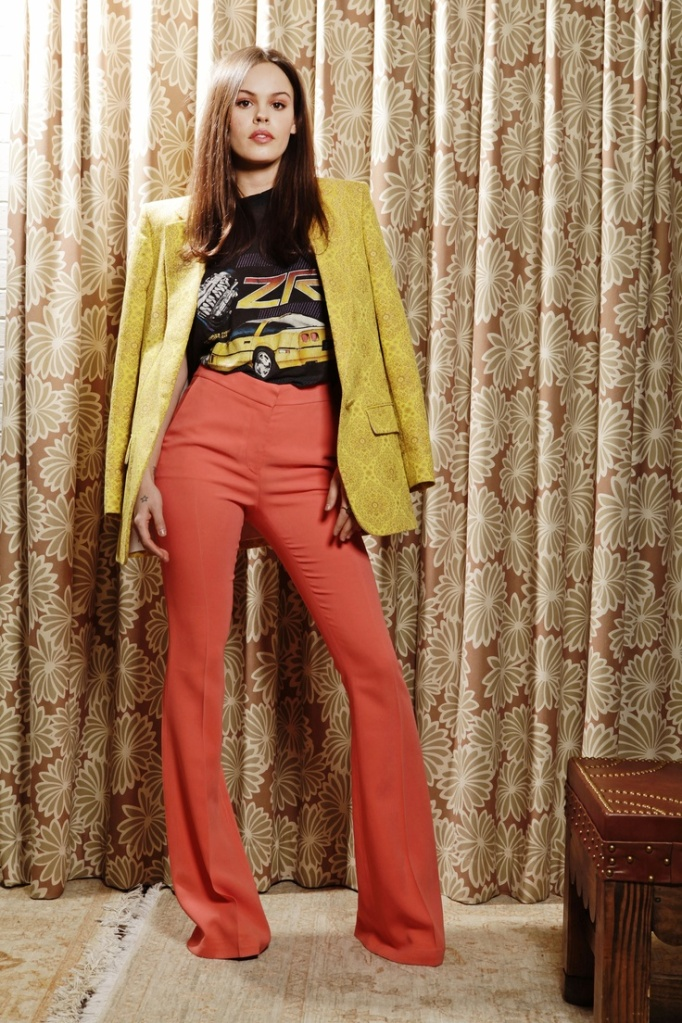 Atlanta-De-Cadenet-Taylor-Best-Looks-StyleChi-Coral-Flares-Mustard-Blazer-Band-T-Shirt