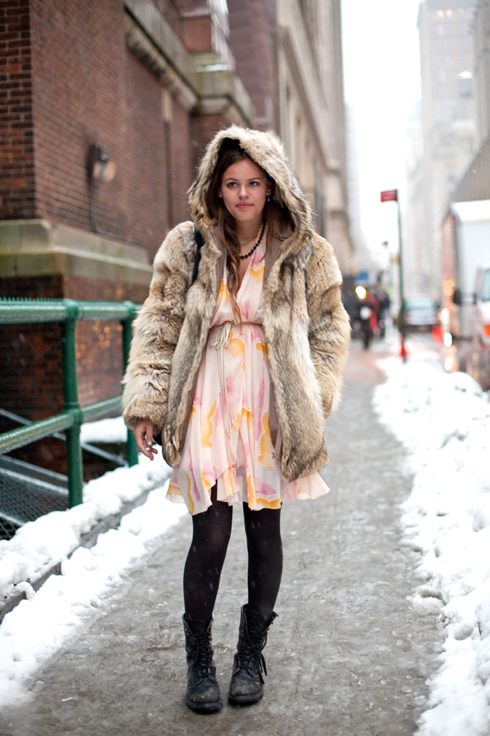 Atlanta-De-Cadenet-Taylor-Best-Looks-StyleChi-Hooded-Beige-Fur-coat-Floral-White-Dress-Black-Tights-Lace-Up-Boots-Street-Style