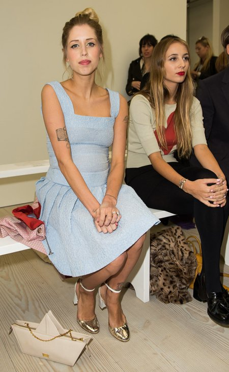 Peaches-Geldof-StyleChi-Best-Looks-2013-Pregnant-Blue-Dress-Square-Neck-Metallic-Shoes