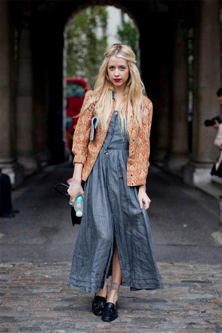 Peaches-Geldof-StyleChi-Best-Looks-Denim-Buttoned-Up-Maxi-Dress-Black-Mocassins-Orange-Patterned-Jacket