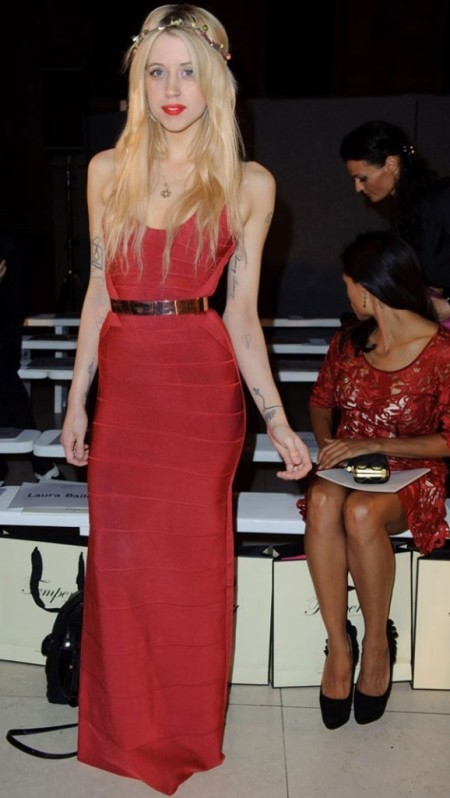 Peaches-Geldof-StyleChi-Best-Looks-Fashion-Week-London-Temperley-Show-Red-Maxi-Dress-Metallic-Belt-Floral-Headband