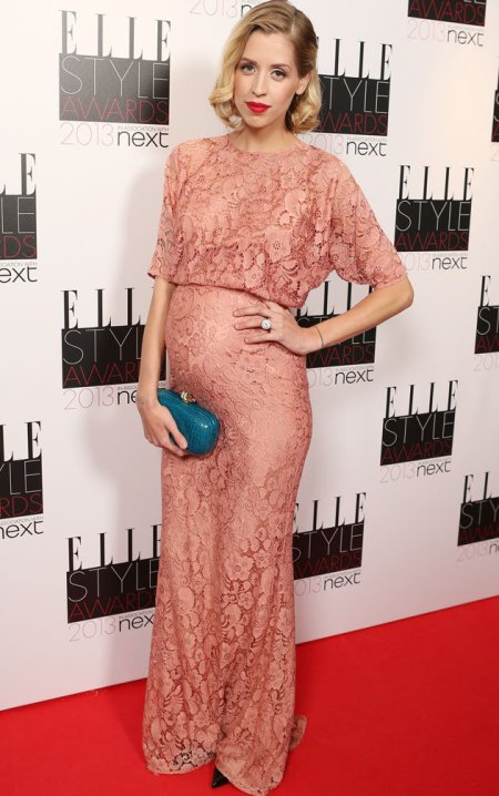 Peaches-Geldof-StyleChi-Best-Looks-Pregnant-Baby-Bump-Elle-Style-Awards-Old-Pink-Mid-Sleeve-Coral-Lace-Gown