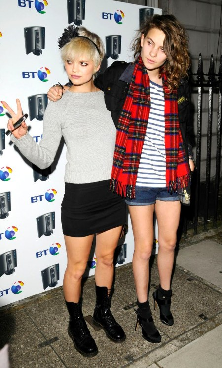 Pixie-Geldof-Best-Looks-StyleChi-Grey-Sweater-Black-Mini-Skirt-Black-Punk-Lace-Up-Boots-Floral-Headband-Blonde