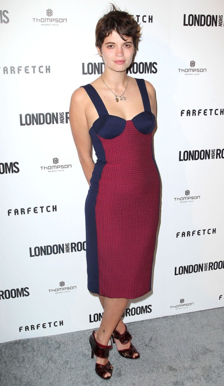 Pixie-Geldof-Best-Looks-StyleChi-House-Of-Holland-London-Show-Rooms-Navy-Red-Bodycon-Dress-Burgundy-Peep-Toes