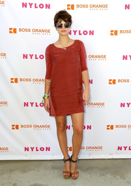 Pixie-Geldof-Best-Looks-StyleChi-Orange-BrickMid-Sleeve-Shift-Mini-Dress-Tan-Black-Barely-There-Heels-Sunglasses-Brunette-Crop