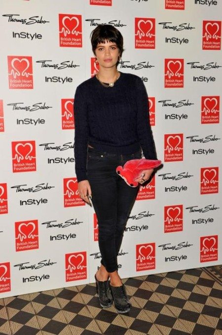 Pixie-Geldof-Best-Looks-StyleChi-Tunnel-Of-Love-Navy-Cable-Knit-Sweater-Black-Ankle-Grazer-Jeans-Stuffed-Animal-Clutch-Studded-Heeled-Clogs-Gold-Chain-Necklace-Brunette
