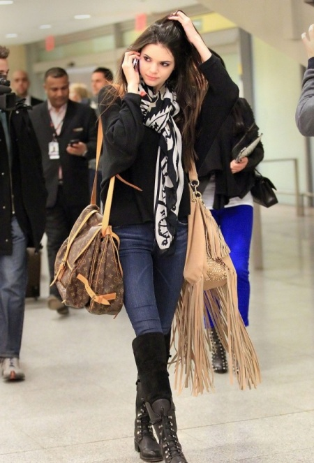 Kendall-Jenner-Street-Style-StyleChi-Best-Looks-Airport-Black-Lace-Up-Boots-Nude-Fringes-Bag-Aztec-Scarf