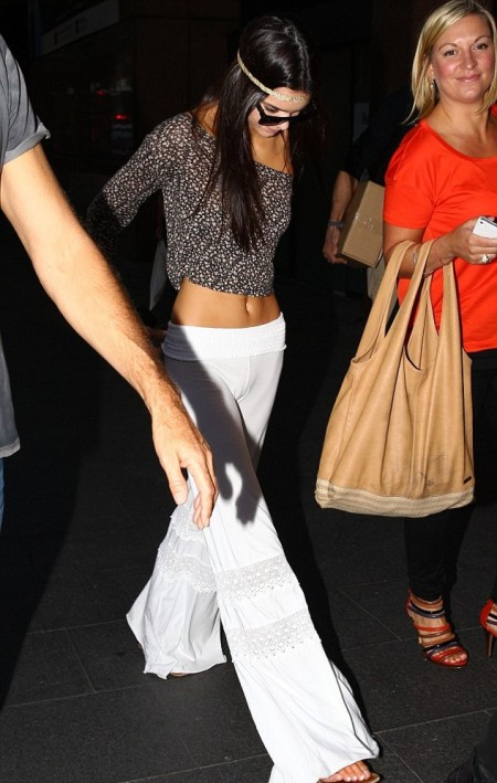Kendall-Jenner-Style-StyleChi-Best-Looks-Hippie-Boho-Chic-White-Lace-Detail-Wide-Leg-Trousers-Flowery-Top-Headband