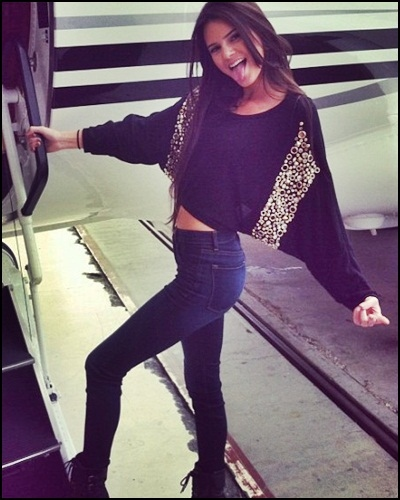 Kendall-Jenner-Style-StyleChi-Best-Looks-Skinny-Jeans-Black-Lace-Up-Boots-Black-Embellished-Batwing-Crop-Top