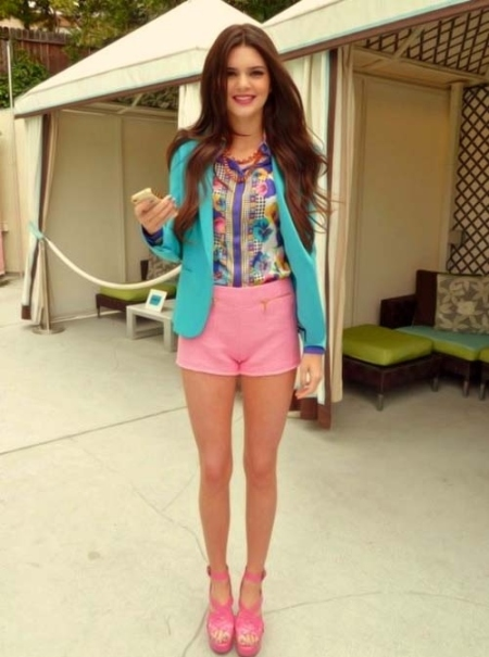 Kendall-Jenner-Style-StyleChi-Best-Looks-Turquoise-Blazer-Pink-Shorts-Patterned-Shirt-Pink-Cross-Front-Platform-Heels-Cute