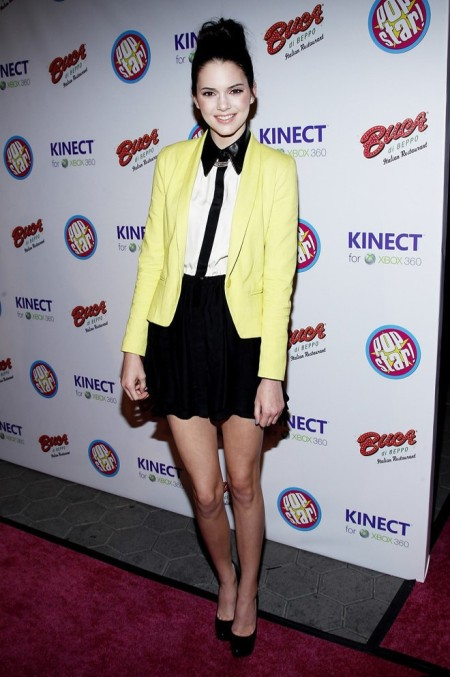 Kendall-Jenner-Style-StyleChi-Best-Looks-Yellow-Blazer-Black-Skirt-White-Shirt-Black-Contrasting-Trim-Collar