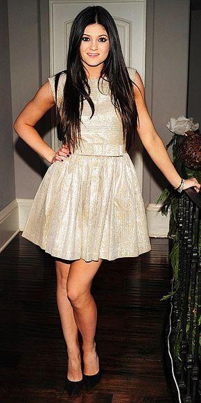 Kylie-Jenner-Best-Outfits-StyleChi-Gold-Shiny-Sparkly-Sleeveless-Dress