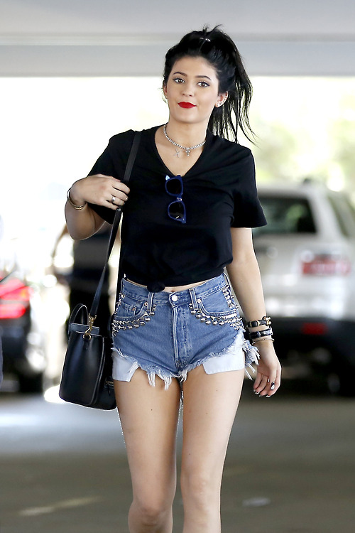 How Much Ram Do I Need >> Kylie Jenner Style Decoded