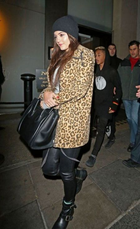 Kylie-Jenner-StyleChi-Best-Outfits-Style-Black-Leather-Skinny-Trousers-Biker-Boots-Leopard-Coat-Beanie