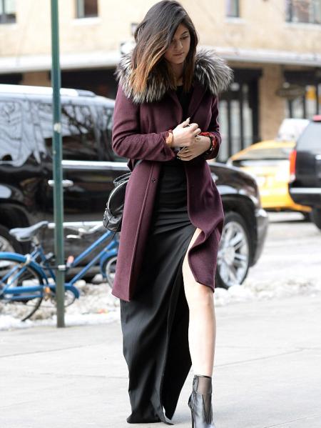 Kylie-Jenner-StyleChi-Best-Outfits-Style-Burgundy-Coat-Fur-Collar-Black-Split-Maxi-Dress