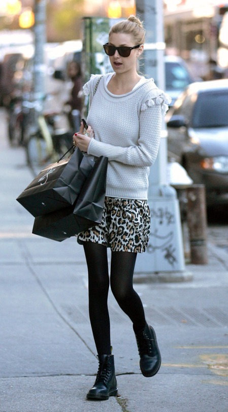 Whitney Port hits the shops in New York City!