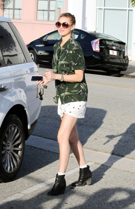 Whitney-Port-Style-Best-Outfits-StyleChi-Green-Patterned-Short-Sleeve-Shirt-White-Bug-Skirt-Black-Ankle-Boots-Brown-Round-Sunglasses
