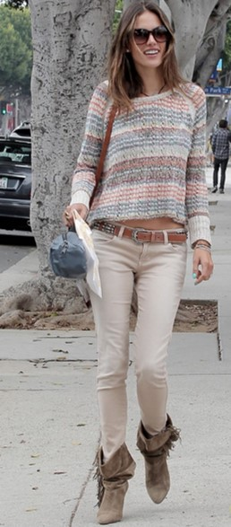 Alessandra-Ambrosio-Best-Outfits-Style-StyleChi-Beige-Skinny-Jeans-Taupe-Wedge-Suede-Fringe-Boots-Brown-Belt-Sweater