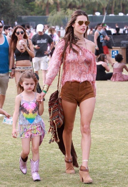 Alessandra-Ambrosio-Best-Outfits-Style-StyleChi-Festival-Fashion-Coachella-2014-Pink-Peasant-Paisley-Top-Brown-Suede-Shorts-Ankle-Boots-Heart-Sunglasses