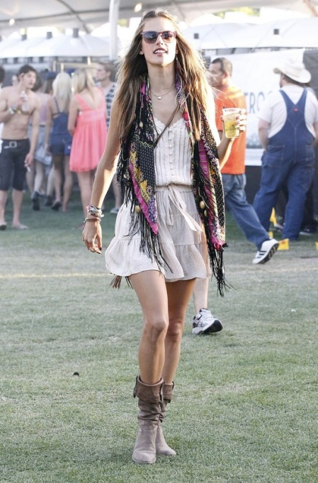 Alessandra Ambrosio Best Outfits Style StyleChi Festival Style Boots Summer Dress Fringe Scarf