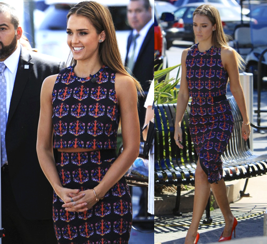 Jessica-Alba-Red-Carpet-Style-StyleChi-Best-Outfits-Tania-Taylor-Sleeveless-Crop-Top-Matching-Pencil-Skirt-Set-Black-Blue-Red-Pointed-Heels