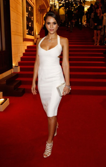 Jessica-Alba-Red-Carpet-Style-StyleChi-Best-Outfits-White-Cut-Out-Midi-Dress-Strappy-Sandals-Clutch