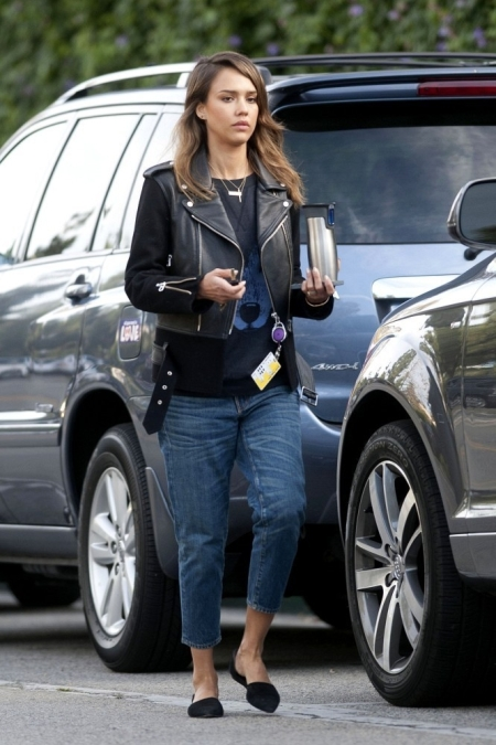 Jessica-Alba-Street-Style-StyleChi-Best-Outfits-Black-Leather-Jacket-Wolf-Print-Top-Cropped-Wide-Fit-Jeans-Pointed-Black-Flats