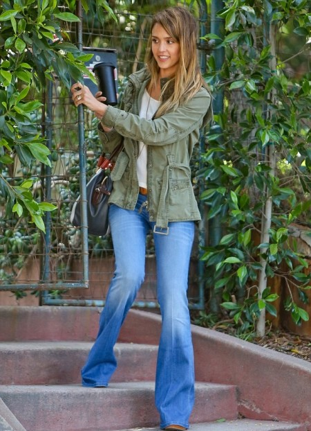 Jessica-Alba-Street-Style-StyleChi-Best-Outfits-Khaki-Army-Jacket-Blue-Flare-Jeans