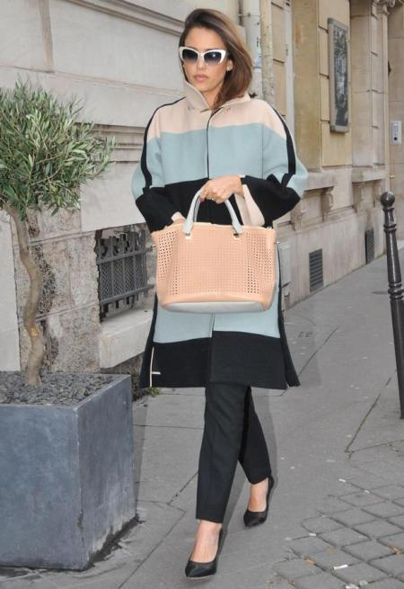 Jessica-Alba-Street-Style-StyleChi-Best-Outfits-Paris-2014-Grey-Pink-Black-Colour-Block-Coat-Nude-Perforated-Bag-White-Retro-Sunglasses-Pointed-Heels-Trousers