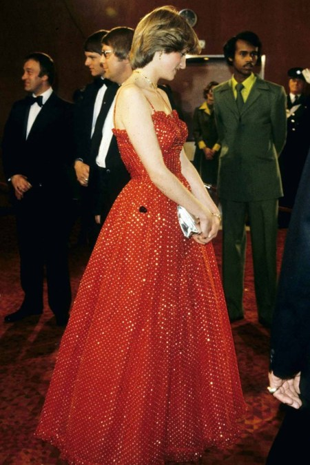 Princess-Diana-StyleChi-Style-Best-Looks-1983-Spaghetti-Strap-Sparkly-Red-Puff-Out-Dress-Silver-Clutch