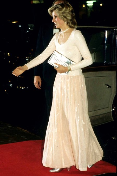 Princess-Diana-StyleChi-Style-Best-Looks-1984-Long-Sleeve-Nude-Pink-Sparkly-Skirt-Dress-Silver-Clutch-Heels