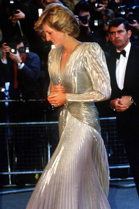 Princess-Diana-StyleChi-Style-Best-Looks-1985-Bond-Premiere-Silver-Pleated-Long-Puffy-Sleeve-V-Neck-Draped-Gown