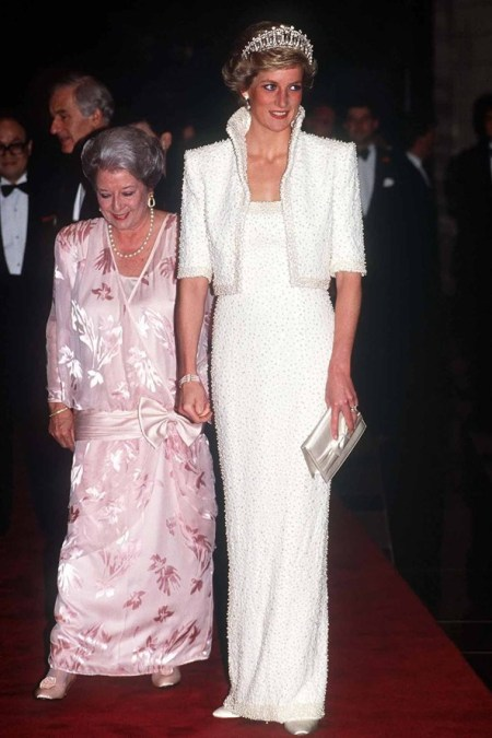 Princess-Diana-StyleChi-Style-Best-Looks-1989-Elvis-Dress-Tiara-White-Sparkly-Dress-Matching-Cropped-Jacket-Silver-Clutch