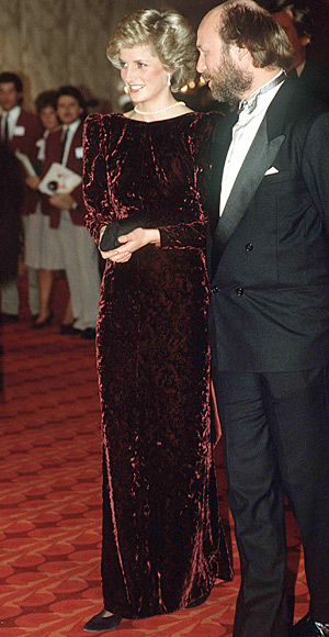 Princess-Diana-StyleChi-Style-Best-Looks-Burgundy-Long-Sleeve-Burnout-Velvet-Gown-Pearl-Necklace