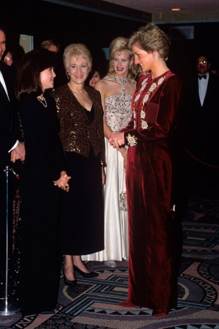 Princess-Diana-StyleChi-Style-Best-Looks-Catherine-Walker-Burgundy-Long-Sleeve-White-Embroidered-Flowers-Velvet-Gown-Steel-Magnolia-Premiere