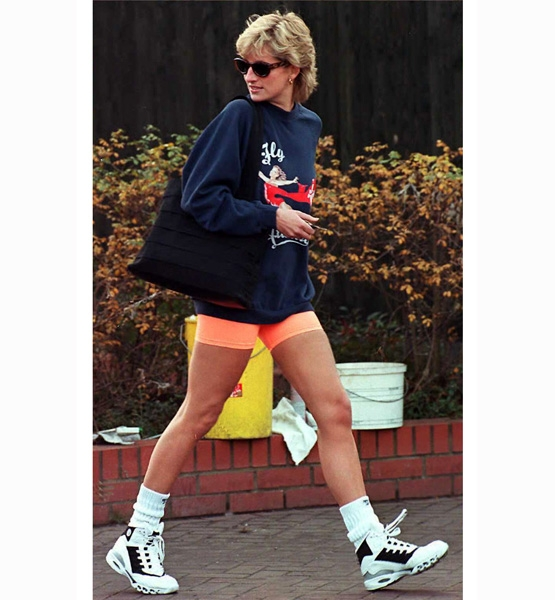 Princess-Diana-StyleChi-Style-Best-Looks-Off-Duty-Navy-Sweatshirt-Orange-Lycra-Shorts-Trainers-Sunglasses