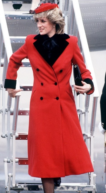 Princess-Diana-StyleChi-Style-Best-Looks-Red-Pea-Coat-Contast-Black-Buttons-Collar-Red-Hat