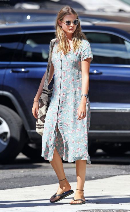 StyleChi-Behati-Prinsloo-Street-Style-Best-Looks-Victoria's-Secret-Angel-Blue-Vintage-Midi-Floral-Dress-Granny-Chic-Round-Sunglasses-Flip-Flops