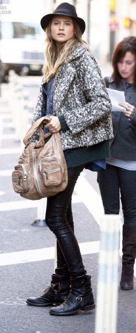StyleChi-Behati-Prinsloo-Street-Style-Best-Looks-Victoria's-Secret-Angel-Leather-Trousers-Biker-Boots-Leopard-Jacket-Fedora-Hat-Green-Knit